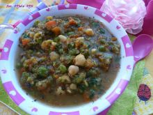 Zupka z ciecierzycą dla dzieci powyżej 1 roku