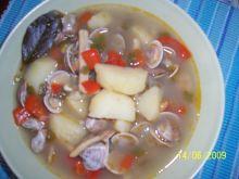 Zupka z owocow morza.