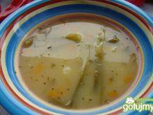 Zupka z porem i majerankiem