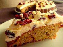 Żurawinowe ciasto z serkiem mascarpone i migdałami