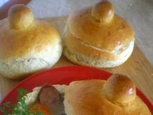 Żurek w chlebowych miseczkach