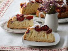 Zwykłe ciasto ze śliwkami