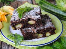 Żytnie brownie z cukinią