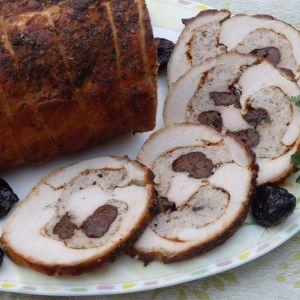 Rolada schabowa z mięsem mielonym i śliwkami - Rolada schabowa z mięsem mielonym i suszonymi śliwkami