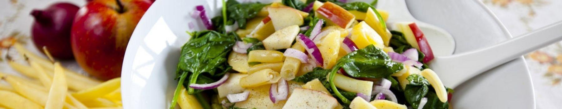 Sałatki tradycyjne, owocowe, dietetyczne - na jaką masz dziś ochotę?