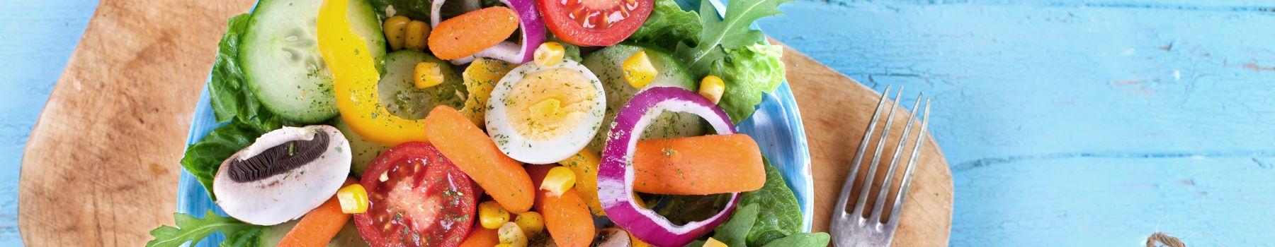 Sprawdzone przepisy na sałatkę z jajkiem
