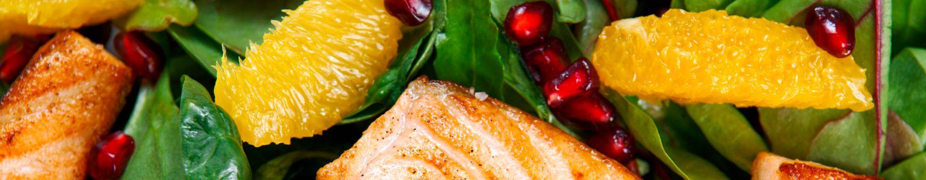 Sprawdzone przepisy na sałatkę z łososiem
