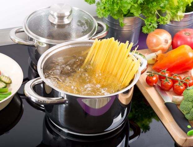 Jak zrobić makaron spaghetti?
