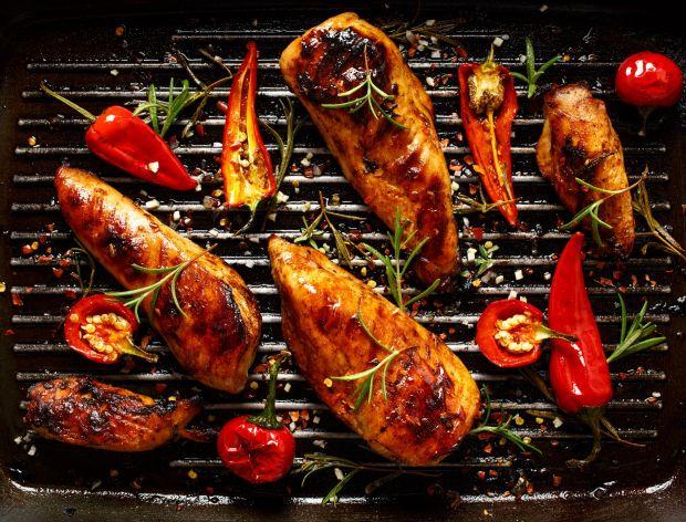 Jak zrobić grillowaną pierś z kurczaka?