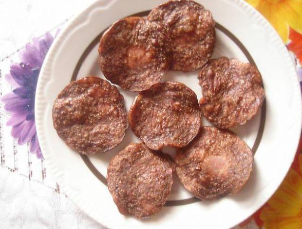 Chipsy ze starej wędliny