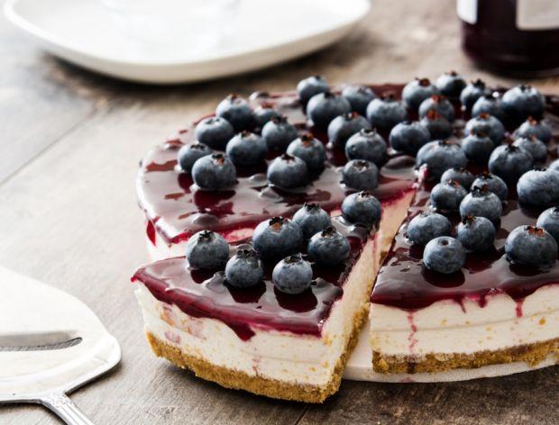 27 przepisów na ciasta z borówkami