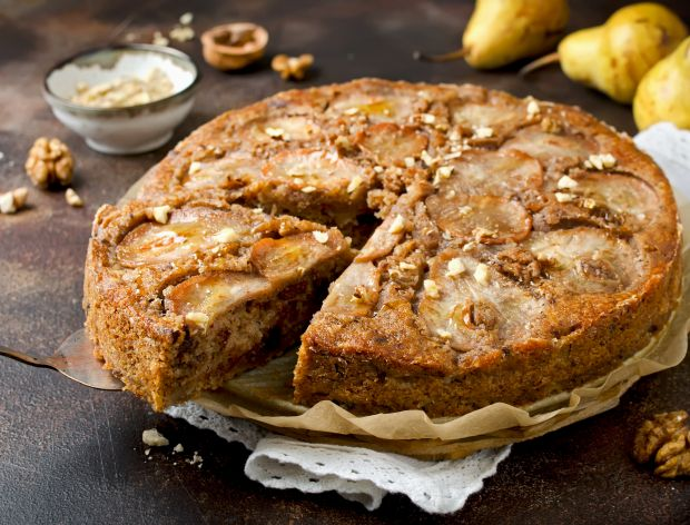 Ciasto z gruszką i orzechami