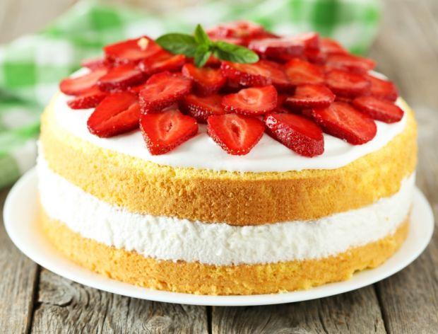 30 przepisów na ciasta z truskawkami