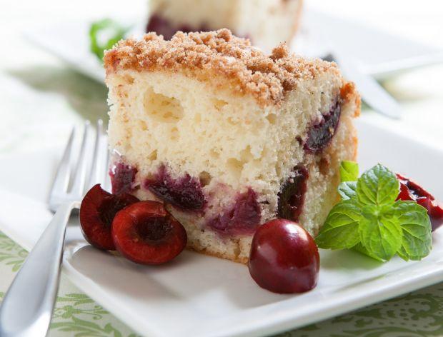 Szybkie i smaczne ciasto z wiśniami
