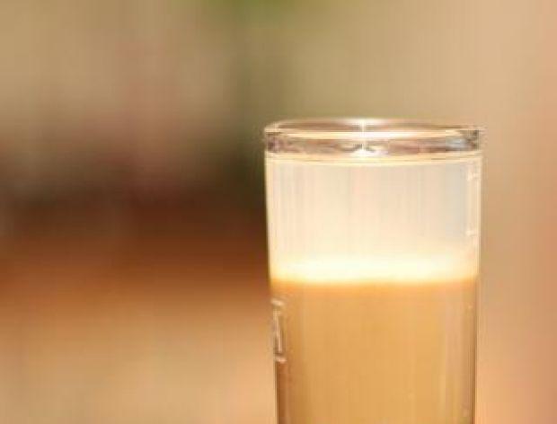 Domowe nalewki - poradnik - likiery mleczne