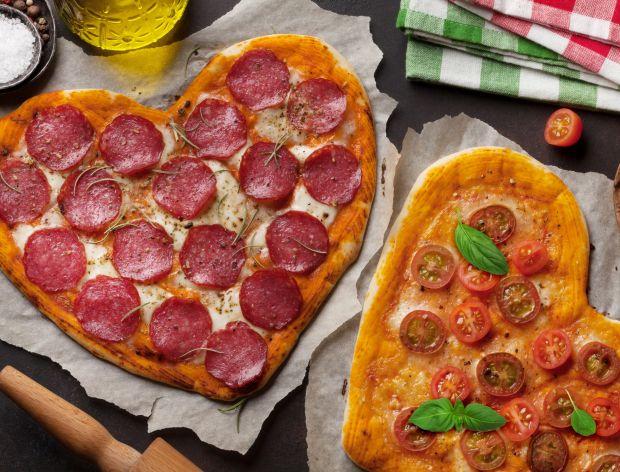 Jak zrobić pizzę w kształcie serca?