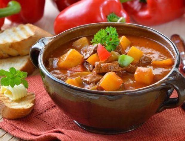 Gulyás, czyli tradycyjny węgierski gulasz