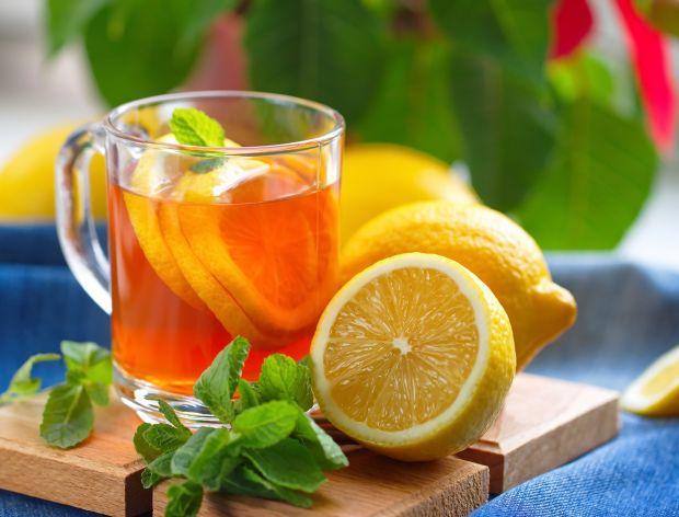 Cytryna w rumie - dodatek nie tylko do herbaty