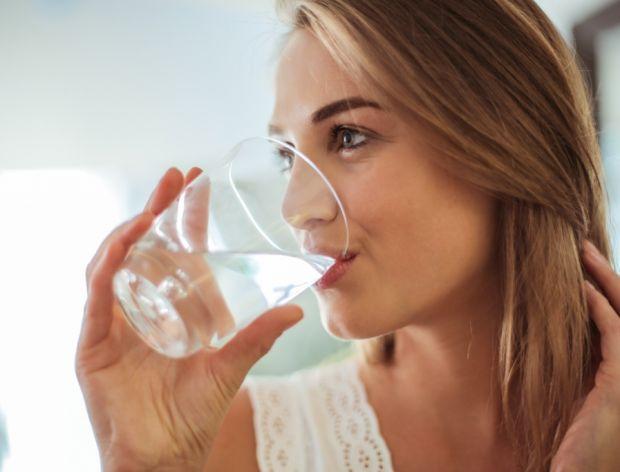 Sprawdź, czy pijesz wystarczająco dużo wody!