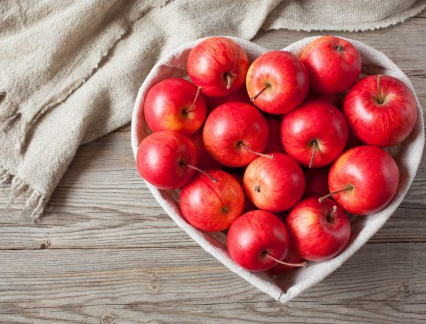 Słodkie i wytrawne dania z jabłkami