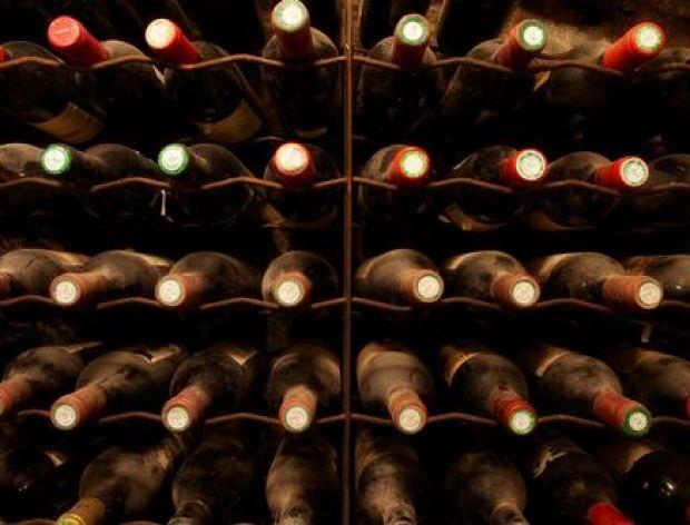 jak przechowywać wino