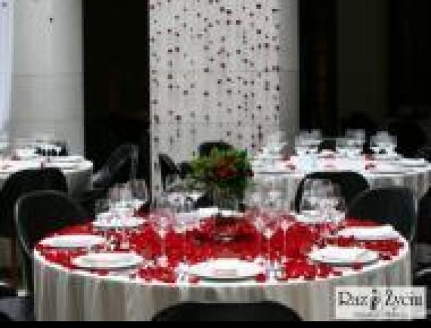 Jak ułożyć weselne menu?