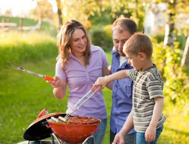 Jak urządzić grill party?