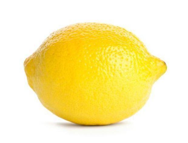 Jak wycisnąć wszystkie soki z cytryny?