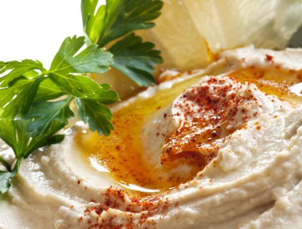 Jak zrobić idealny hummus?