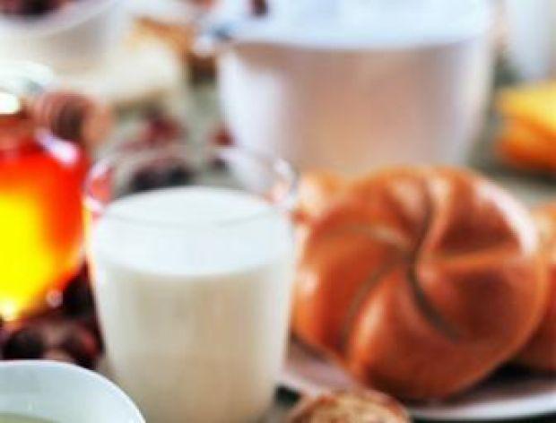 Jogurt z dodatkiem naturalnego miodu