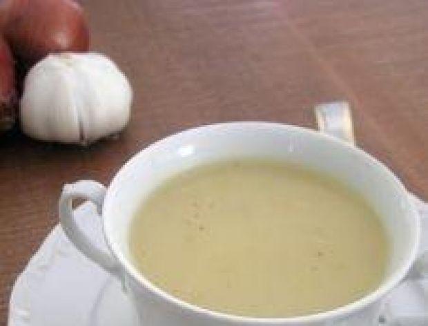 Kasza manna w gorącej zupie