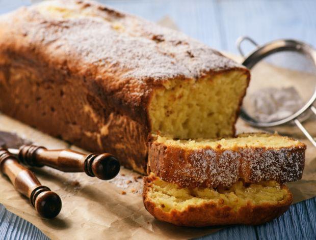 ciasto z cukrem pudrem
