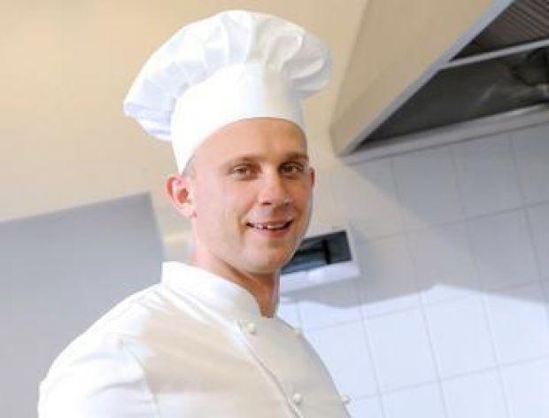 KREM BRULEE, sos orzechowy i TAGIATELLE Z KREWETKĄ