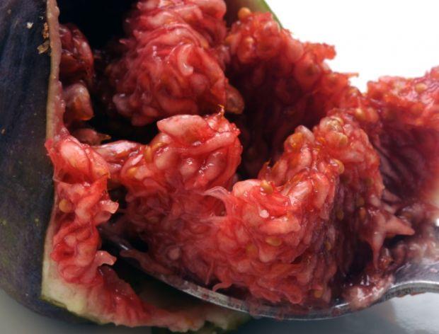 Czy figi trzeba obierać? Zobacz jak jeść figi!