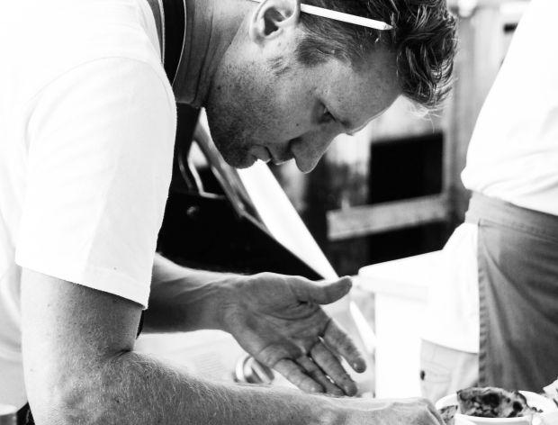 Idealny osobisty szef kuchni. Wywiad z Neillem Anthonym
