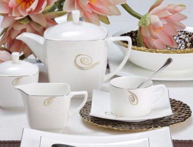 Nowoczesna minimalistyczna porcelana