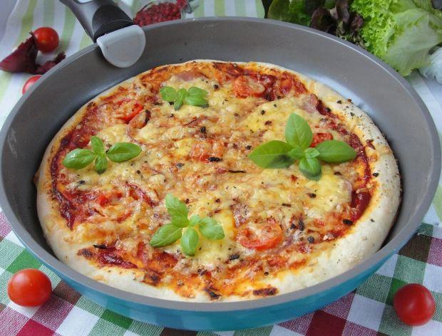 Redakcja poleca 12 przepisów na pizzę