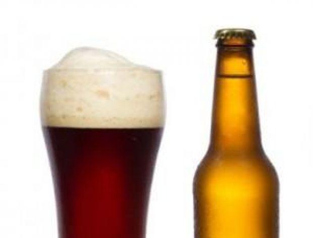 Rekord Guinessa w otwieraniu piwa na czas