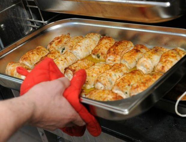 Roladki z piersi kurczaka z pikantnym szpinakiem