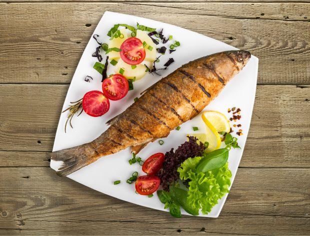 Jak upiec rybę na grillu?