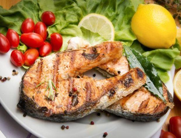 Ryby walczą z fast-foodami