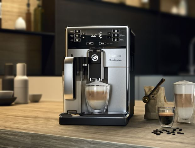 Przygotuj kawę z ekspresem Saeco PicoBaristo OTC