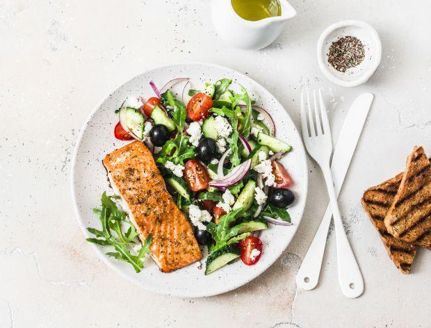 Sałatka na grilla – 21 szybkich i smacznych przepisów