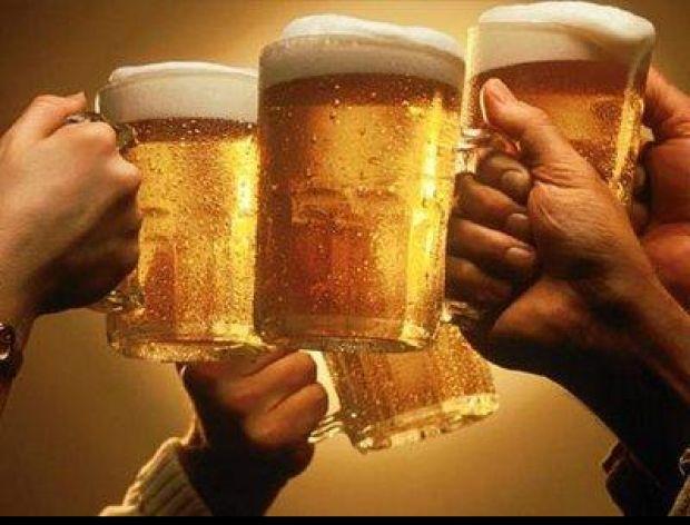 Sposób na zimne piwo bez bólu gardła
