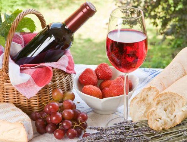 Sposoby na otwartą butelkę wina