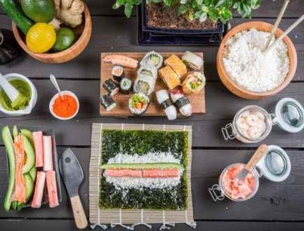 Jak przygotować nori do sushi?