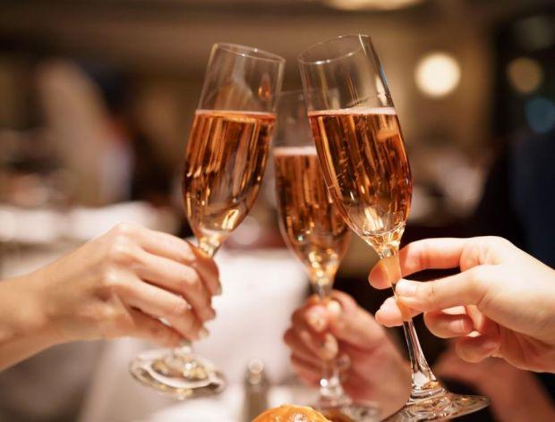 Jak wybrać dobrego szampana?