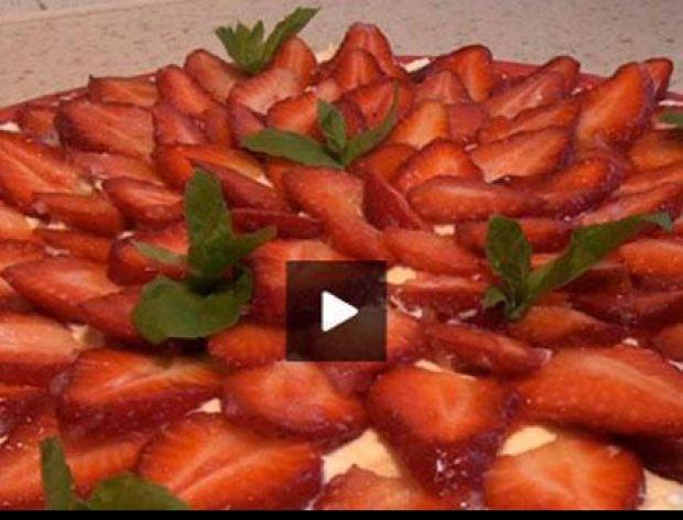 Tarta z truskawkami [video]