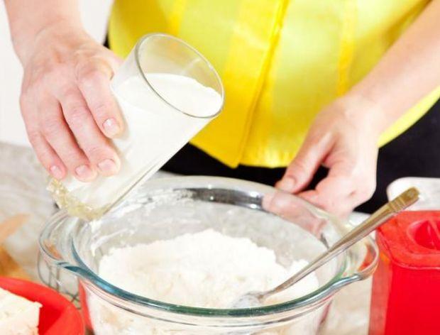 Technika zarabiania ciast w naczyniu