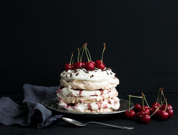 Jak zrobić tort bezowy?
